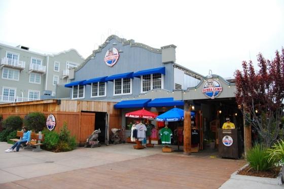 Bubba_Gump_US_Monterey